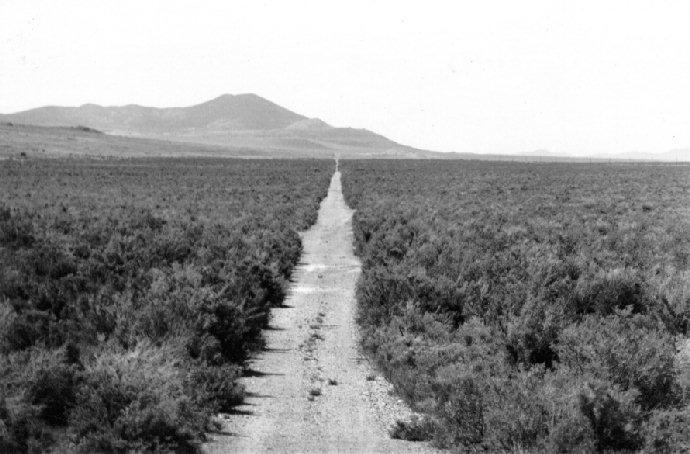 1913-LH-in-skull-valley