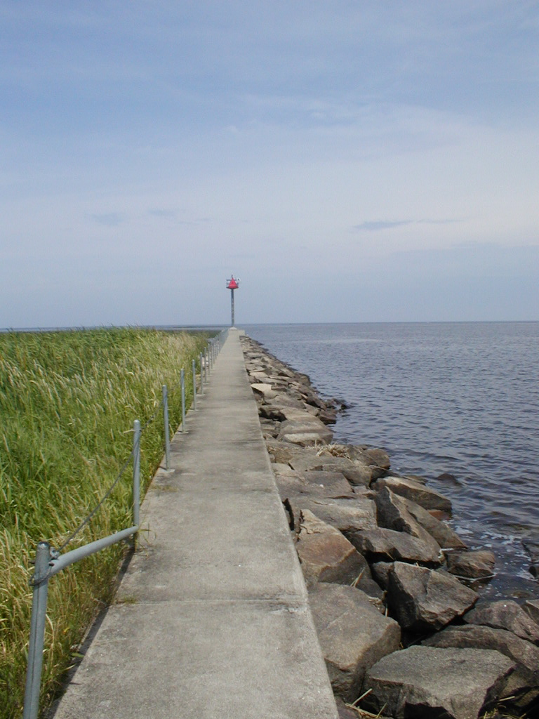 sea-wall-at-warroad