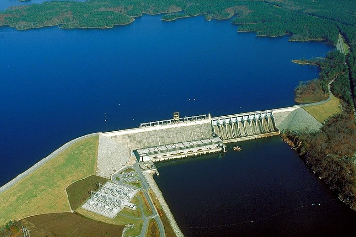 800px-USACE_Richard_B_Russell_Dam_and_Lake
