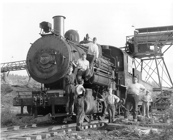 1907 train shot in 1950!