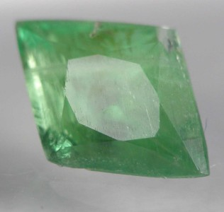 cut hiddenite