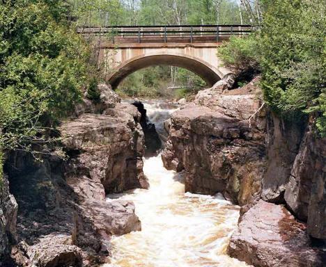 temperance falls near schroeder