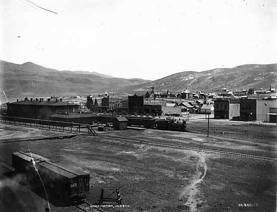 1898 Huntington