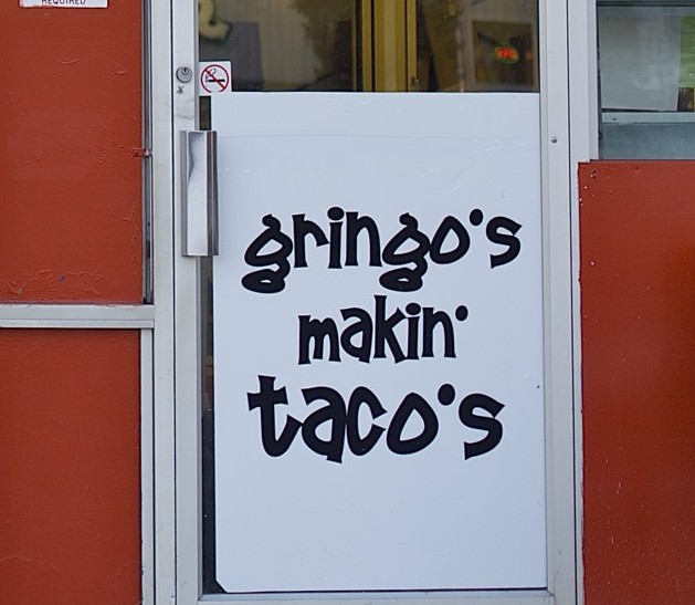Gringos_Makin_Tacos