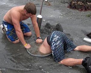 Digging_for_geoducks  noaa.gov