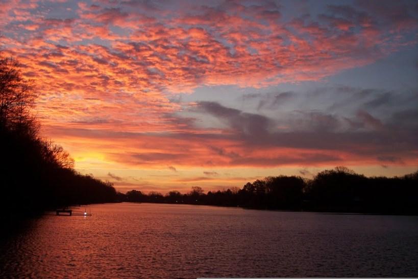 hurricane katrina sunrise boeuf by little dog 724