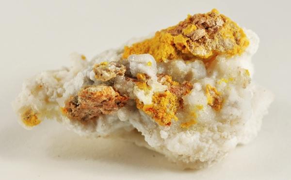 kleinite-calcite-285098-wiki
