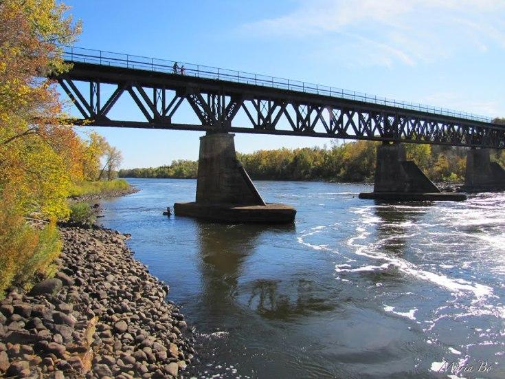 bridge over the MM Maria Bo pano