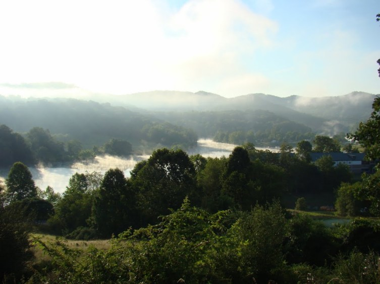 pano landon owen early morning fog off stonewall jackson lake