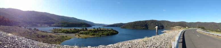 pano river swaggie  dam