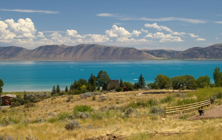 wiki cool shot of bear lake