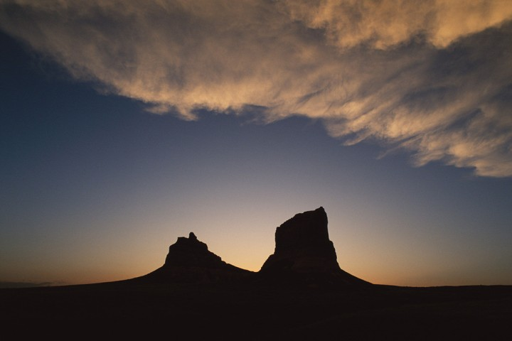 Courthouse_and_Jail_Rock_Silhouette_MichaelForsberg_384_1024x1024