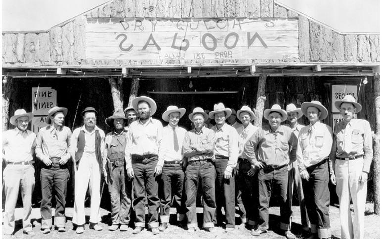 dry gulch saloon 1939