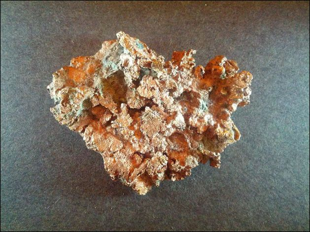 800px-Native_Copper_from_the_Keweenaw_Peninsula_Michigan