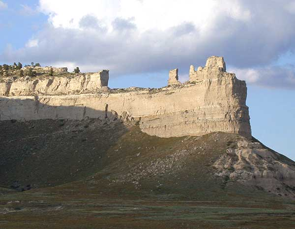 Saddlerock_Scotts-Bluff_NM_Nebraska_USA wiki