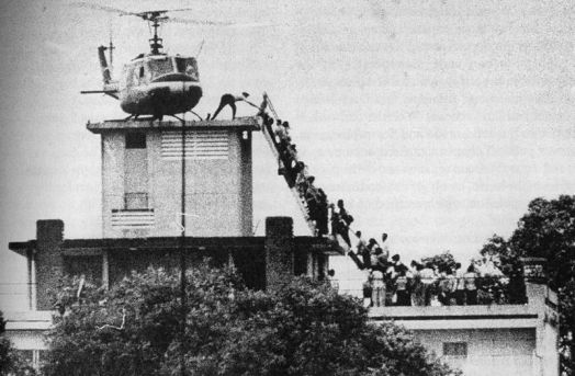 800px-Saigon-hubert-van-es
