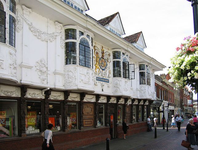 800px-Ipswich_Ancient_House