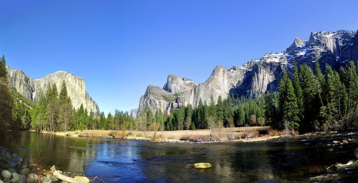 Yosemite_nat_park_valley_view
