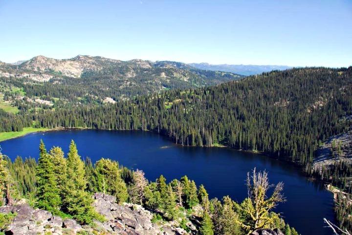 pano ckmcdonald boulder lake 1 mile south
