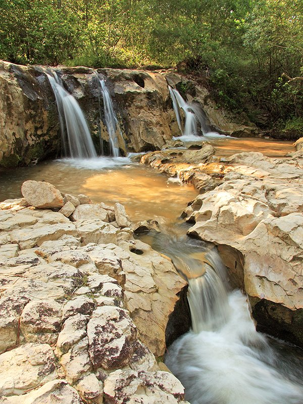 pano-jonathon-gerland-hog-creek-falls-west-8-nw